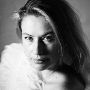 Claudia Omland
